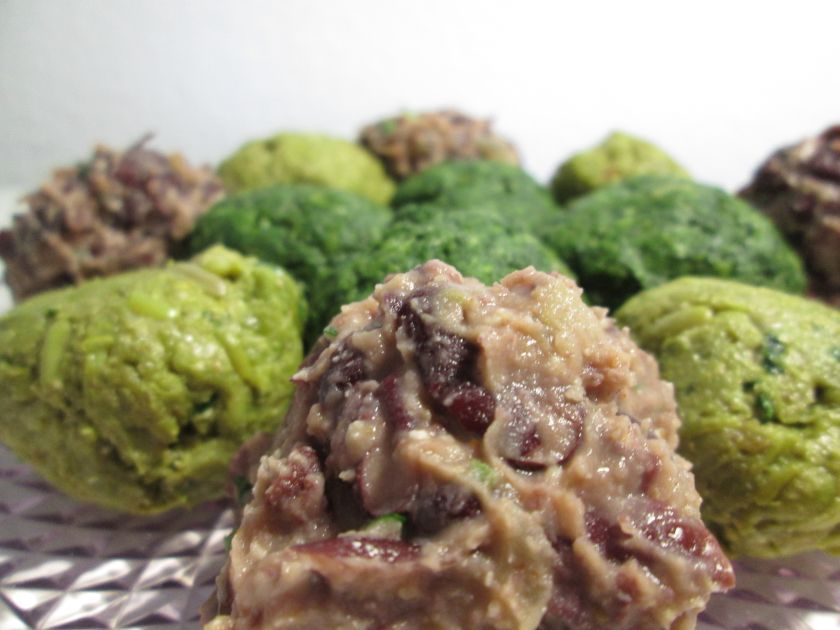 Kombination von Wein und Essen, Verschiedene Gemüsesorten: Spinat, grune & rote Bohnen